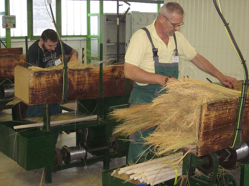 Seprűgyártás
